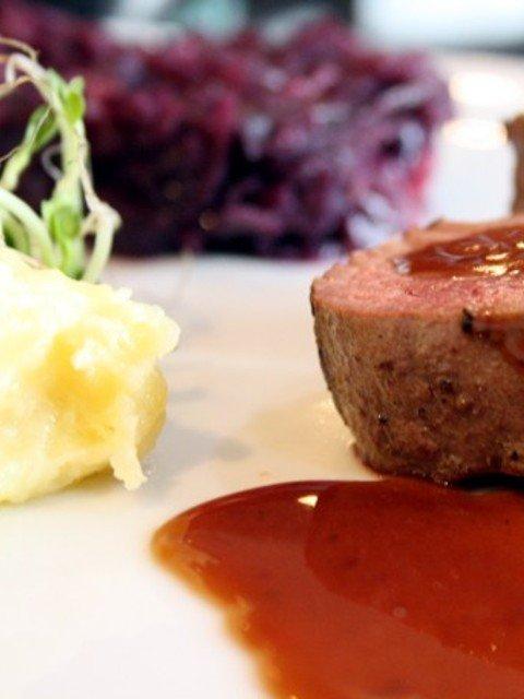 Rotweinsoße oder Beurre rouge