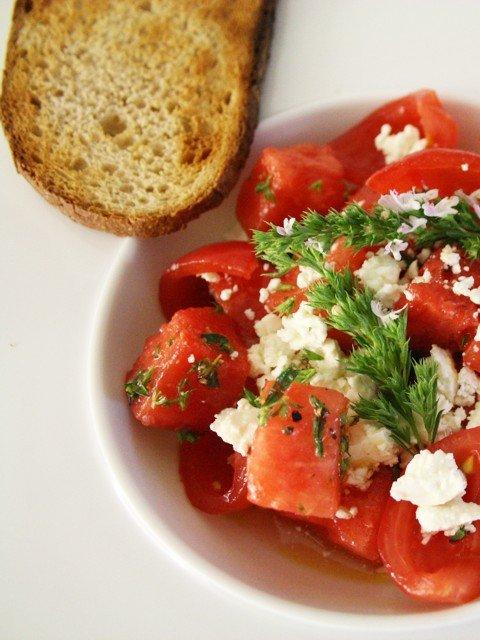 Melonensalat mit Feta und Thymian