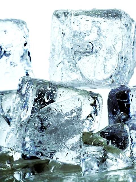 Eiswürfel für Eiswasser
