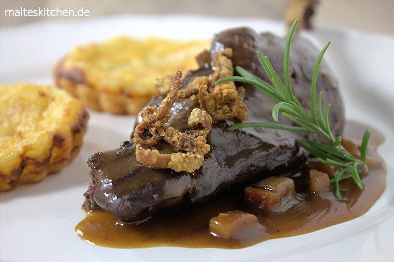 Birnen-Zwiebel-Tarte zu Gänsekeule