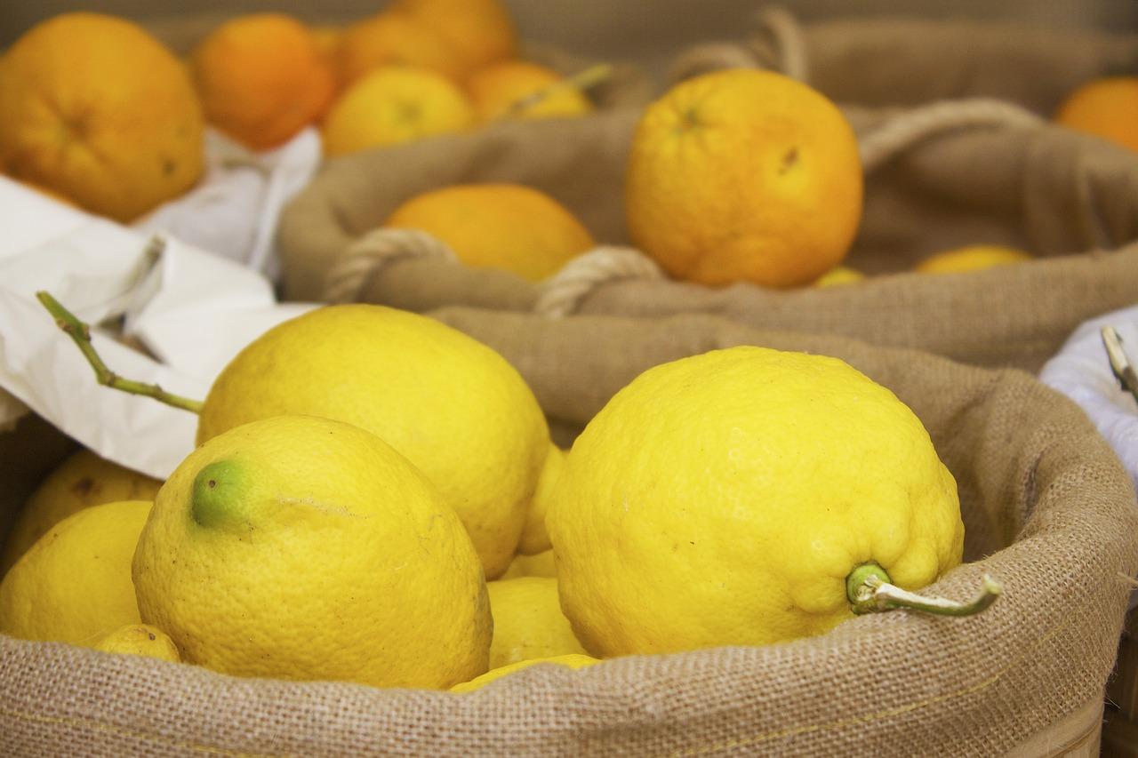Zitronen auf dem Markt